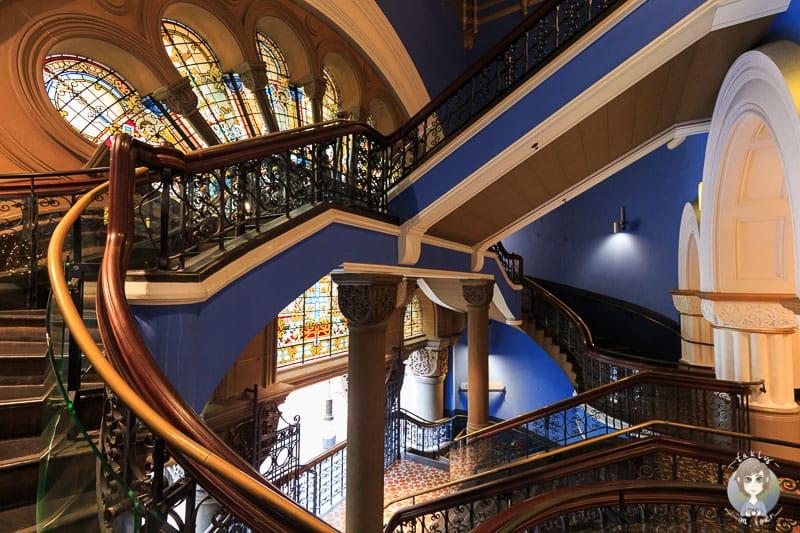 Das Treppenhaus im Queen Victoria Building in Sydney