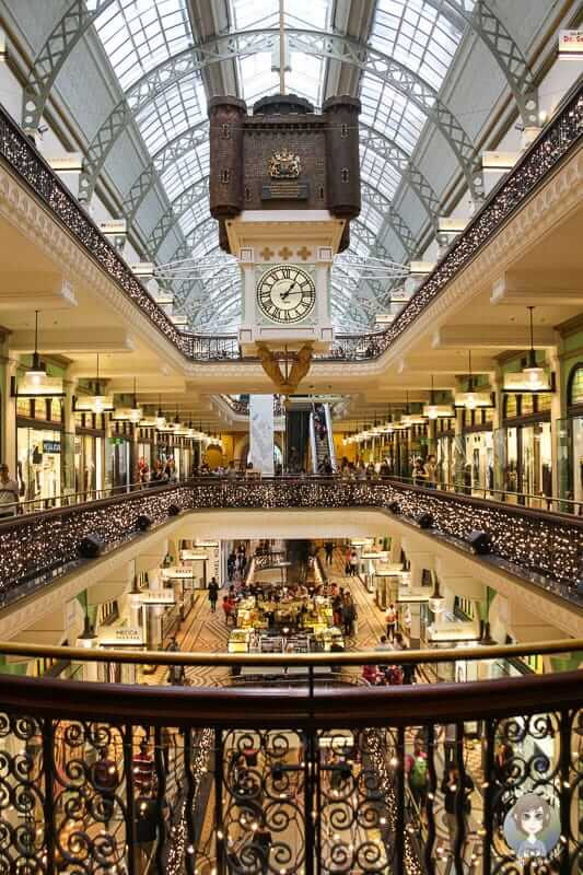 Tolle Weihnachtsbeleuchtung im Queen Victoria Building