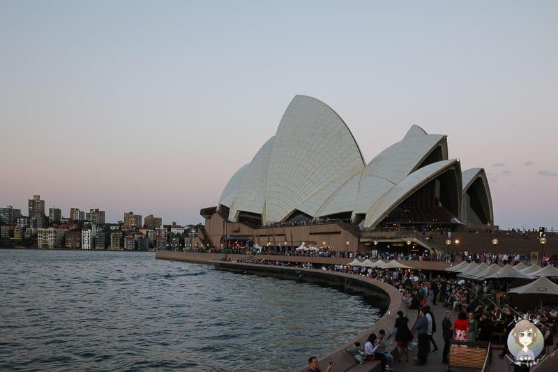 Die Promenade an der Oper in Sydney
