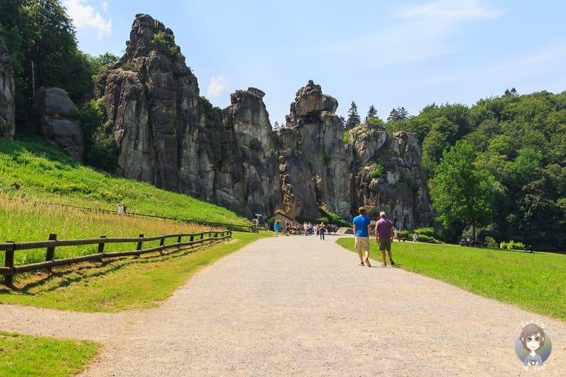 Erster Blick auf das Kulturdenkmal Externsteine Teutoburger Wald