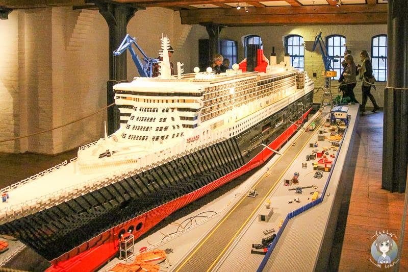 Queenmary 2 aus Lego im IMMH