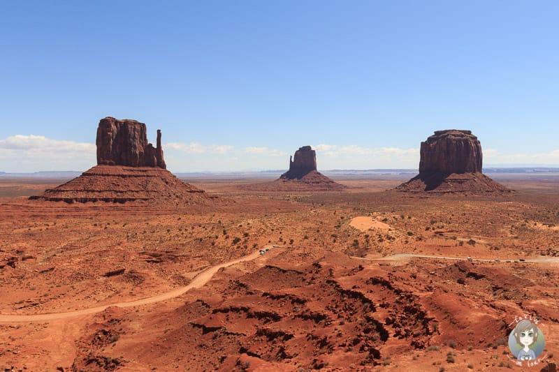 Die weltberühmter Aussicht auf das Monument Valley im Südwesten der USA