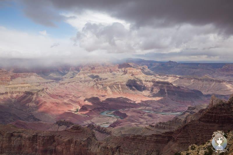 Aussicht auf den Colorado River im Grand Canyon