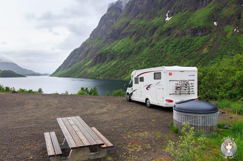 Mit dem Wohnmobil in Norwegen an einem Fjord übernachten