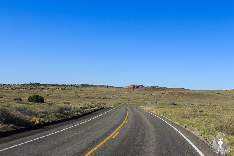 Die Landschaft auf der Fahrt durch den Canyonlands National Park