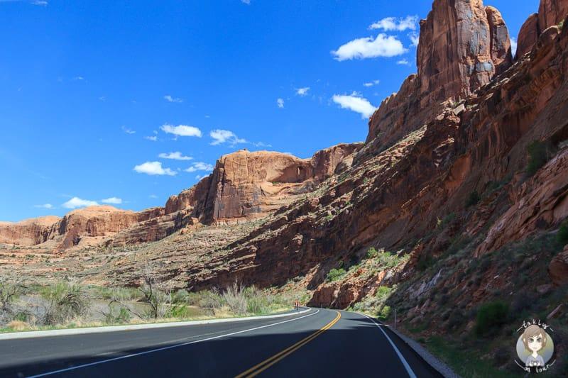 Fahrt über den Scenic Byway UT-128 in Moab