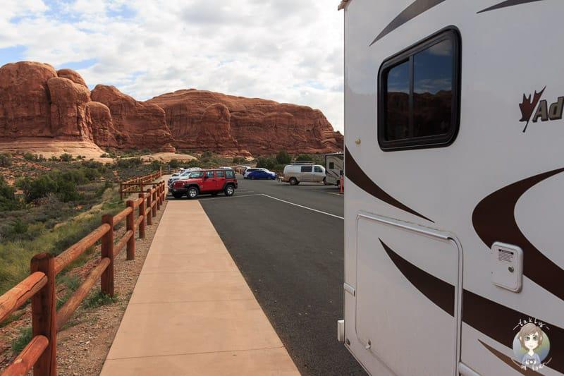 Der Parkplatz am Double Arch Trail