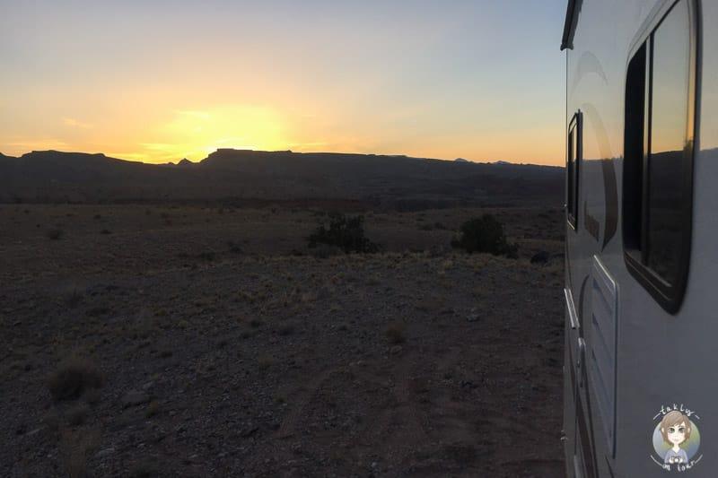 Sonnenuntergang an unserem Wildcampingplatz