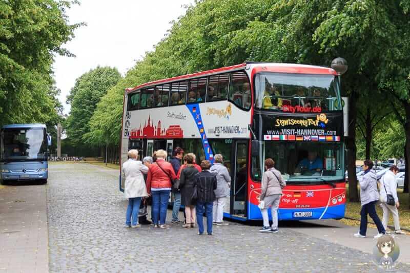 Doppeldecker Bus der Stadtrundfahrt Hannover