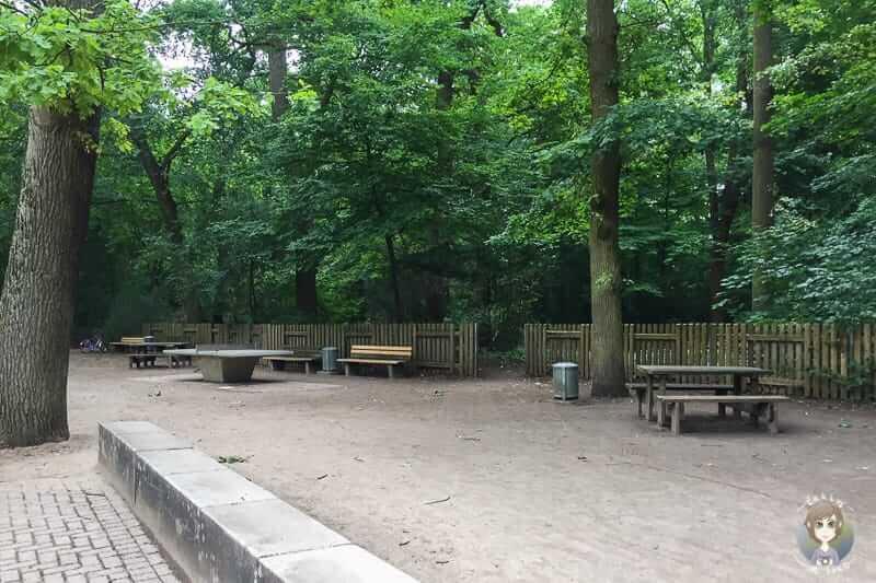 Picknickplätze auf dem WAKITU Spielplatz in Hannover