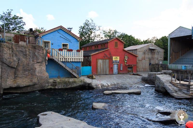 Kulissen der Yukon Bay im Zoo Hannover