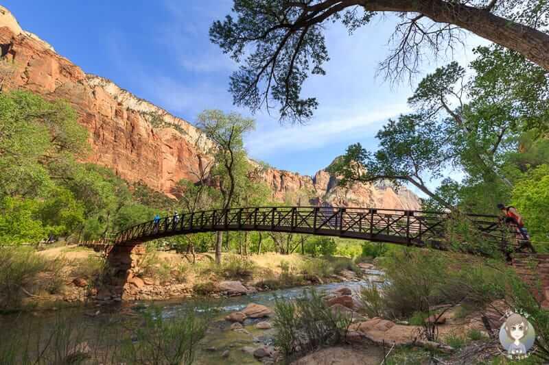 Eine Brücke über den Virgin River im Zion National Park