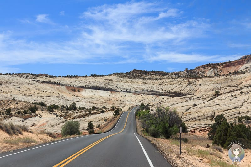 Die Strasse durch das Grand Staircase-Escalante National Monument