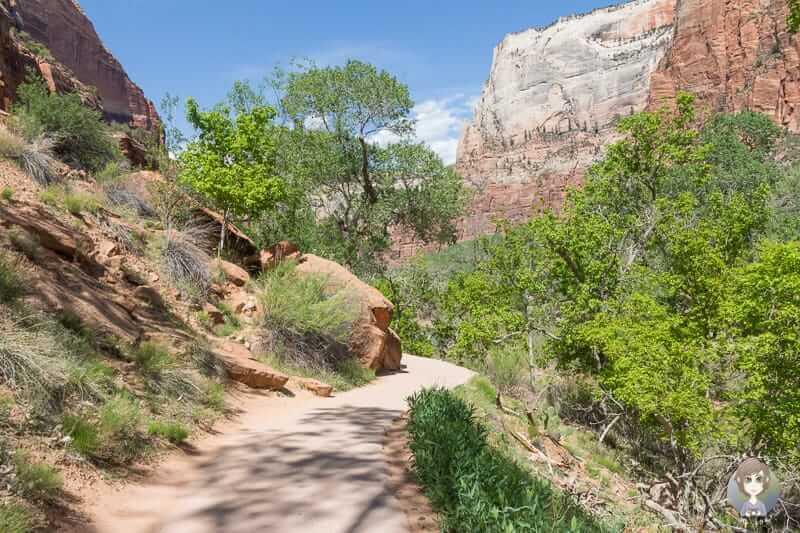 Der barrierefreie Weg des Lower Emerald Pool Trails