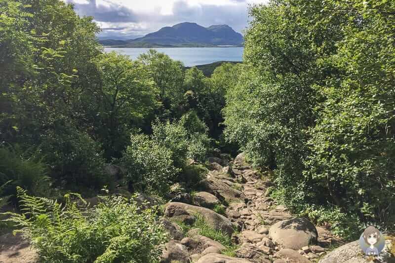 Ein Blick zurück auf der Torghatten Wanderung