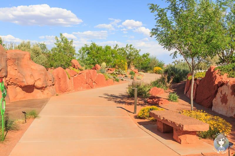 Spaziergang durch den Red Hills Desert Garden Park