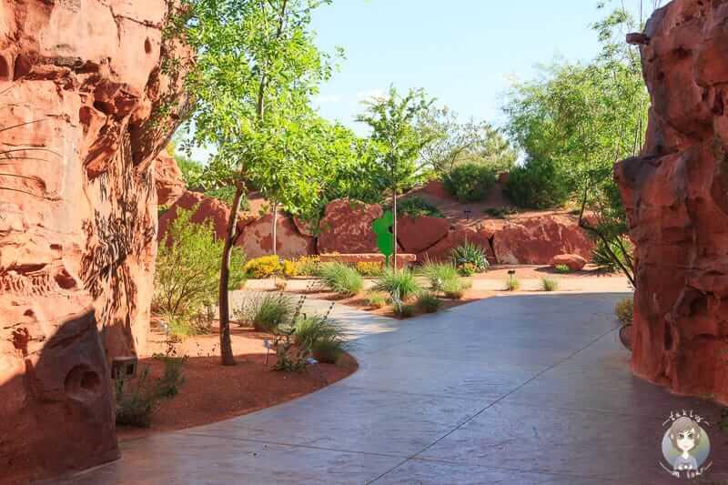 Wege im Red Hills Desert Garden Park
