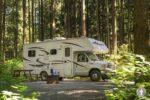 Naturnahes Camping in Kanada ist sehr beliebt, aber was gibt es beim Wohnmobil mieten in Kanada zu wissen