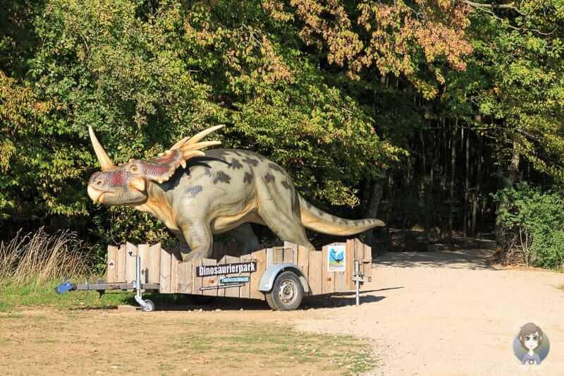 Wegweiser zum Dinosaurierpark Teufelsschlucht