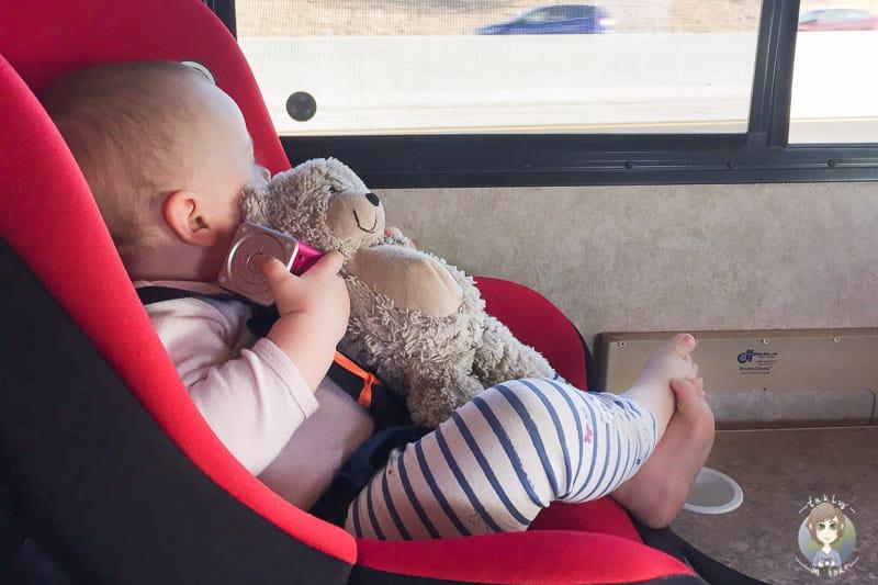 Der Musicman und Lanyards sind bei unserer Reise im Wohnmobil mit Kleinkind wichtig
