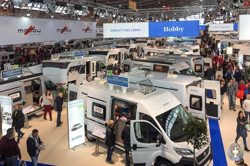Kastenwagen und Vans auf der CMT Stuttgarte