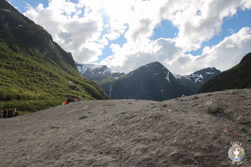 Geröll am Briksdal Gletscher
