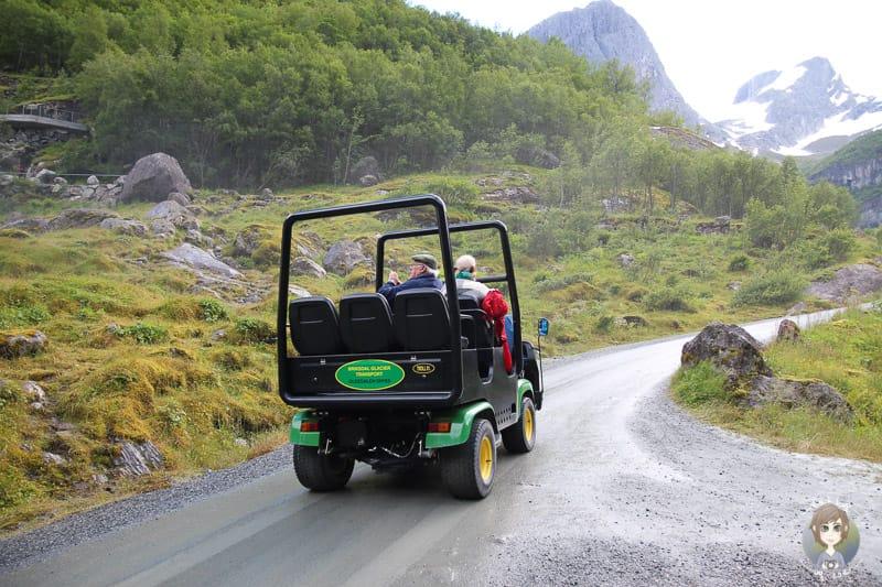 Troll Car zum Briksdalsbreen Gletscher