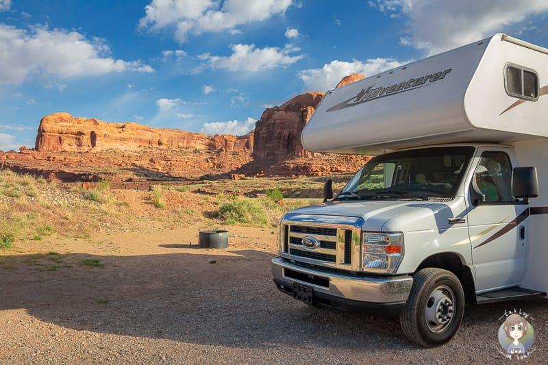 Ein Camper im Südwesten der USA da Wohnmobil in den USA gemietet