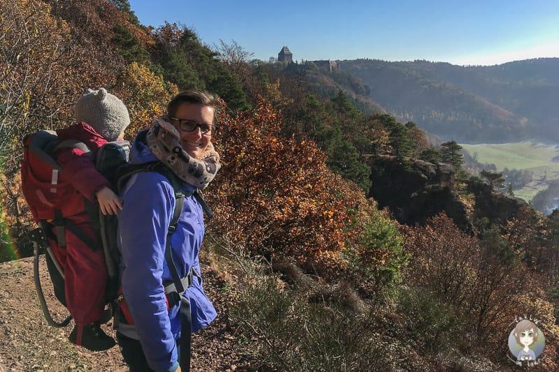 Tanja und Milana beim Wandern