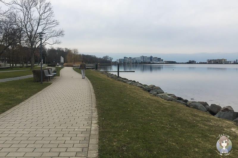 Promenade am Binnensee in Heiligenhafen