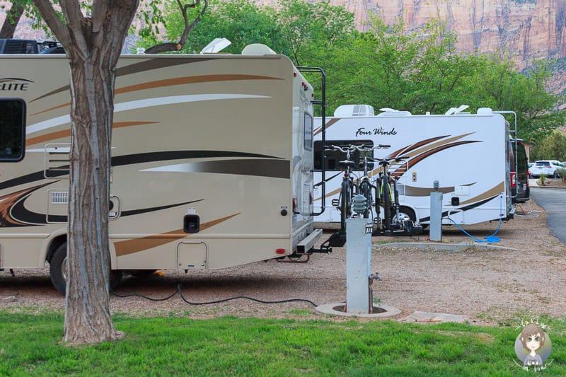 Stromversorgung für Wohnmobile gibt es auf privaten Campingplätzen
