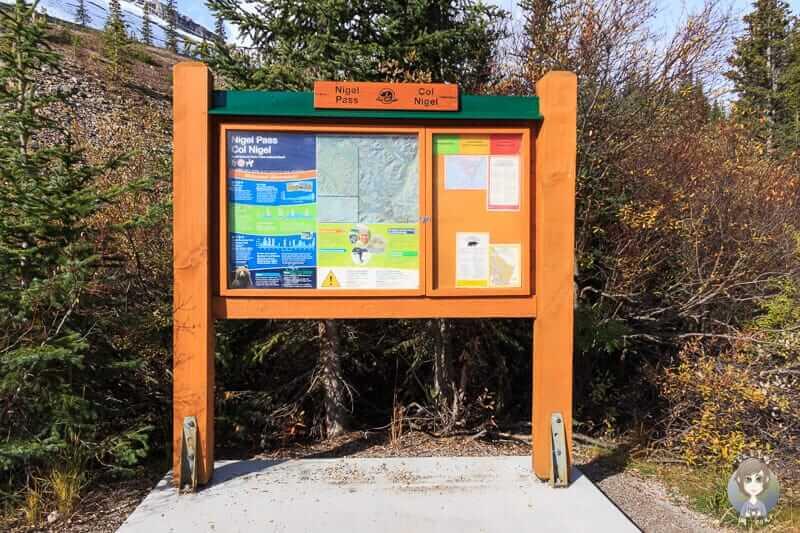 Wandertafel am Icefields Parkway in Kanada