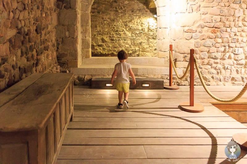 Besuch im Keller vom Priorat in Pommiers