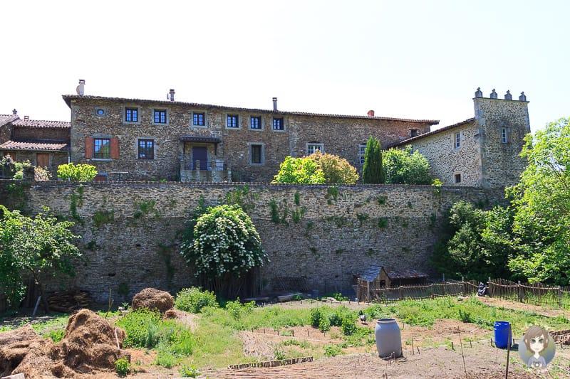 Garten in Sainte-Croix-en-Jarez einem Village de caractere