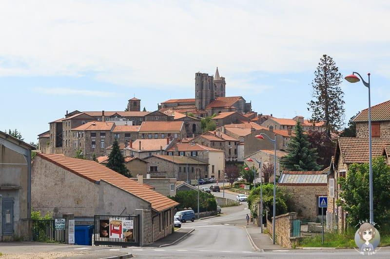 Village de caractere en Loire Saint-Bonnet-le-Chateau