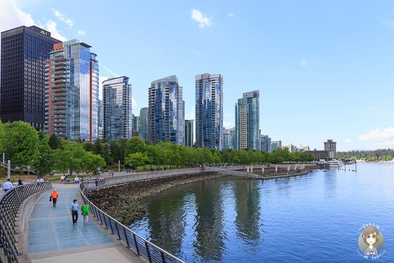 Eine Vancouver Sehenswürdigkeit ist der schöne Hafen