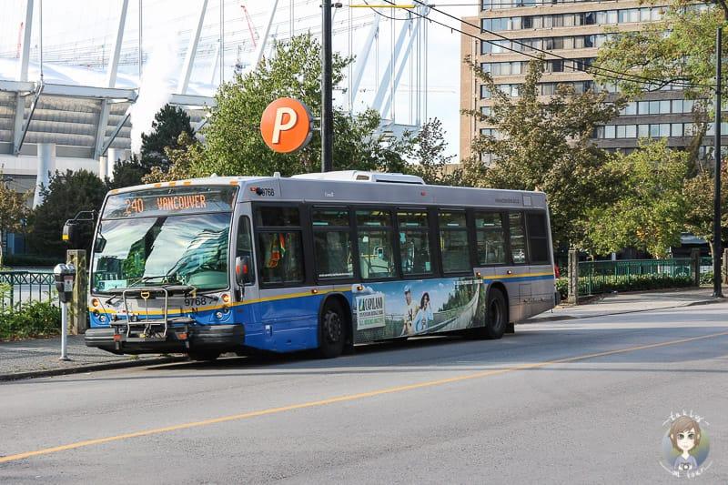 Ein Bus ist einer der öffentlichen Verkehrsmittel in Vancouver
