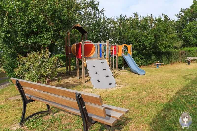 Spielplatz auf dem Campingplatz Bel Epoque du Pilat