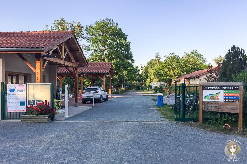 Einfahrt auf dem Camping de l'Aix