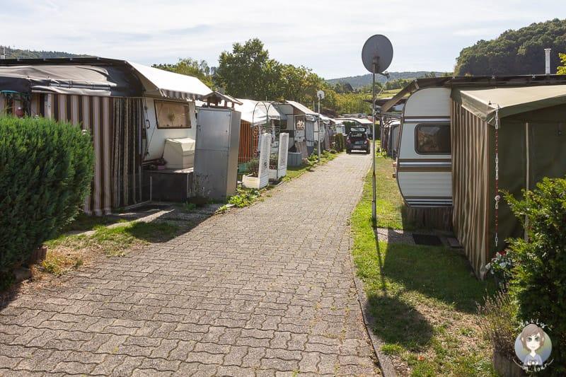 Mietwohnwagen und Dauercamper am Diemelsee Camping im Sauerland