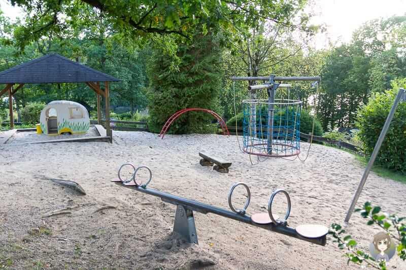 Spielplatz vom Camping Gut-Kalberschnacke im Sauerland