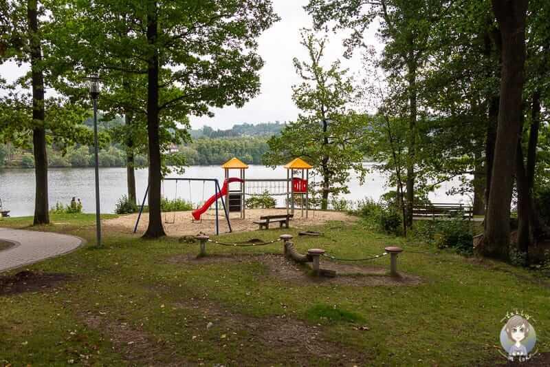 Spielplatz beim Camping am Sorpesee im Sauerland