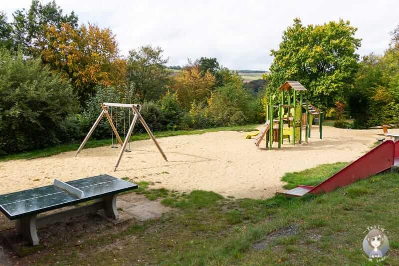 Spielplatz auf dem KNAUS Campingpark Hennesee im Sauerland