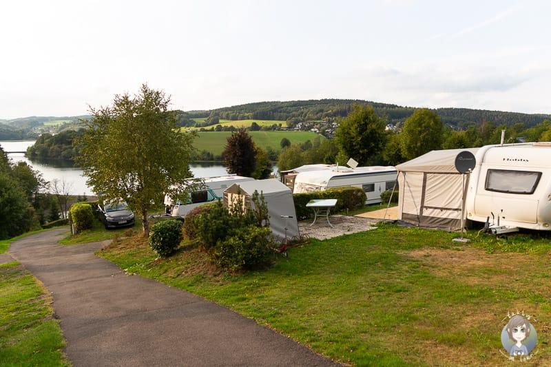 Stellplätze auf dem Gut Kalberschnacke Camping im Sauerland