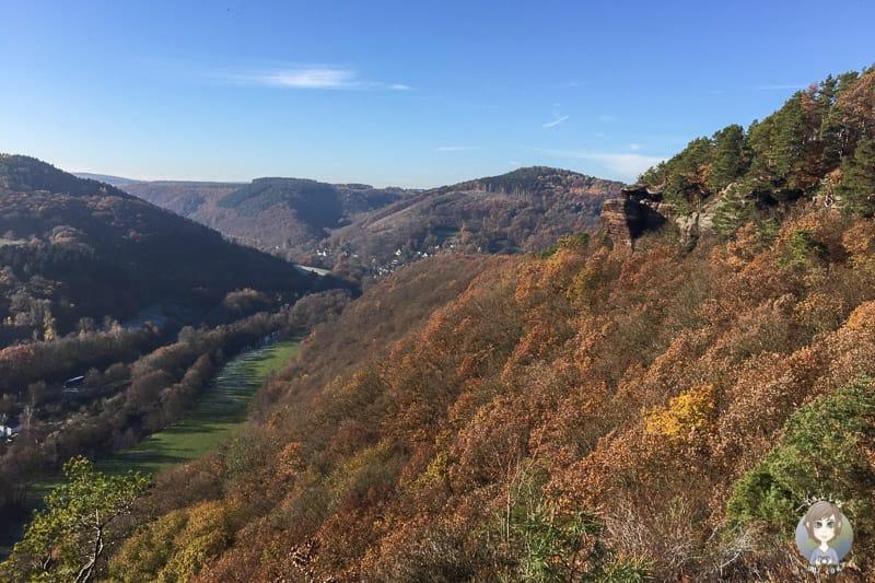Blick auf den Aussichtspunkt Christinenley und das Rurtal in Nideggen