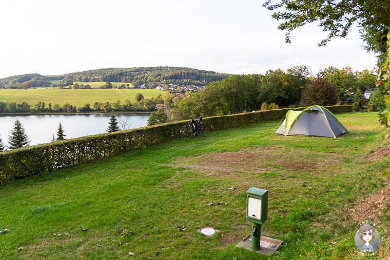 Zeltwiese am Listersee auf dem Gut Kalberschnacke Camping im Sauerland