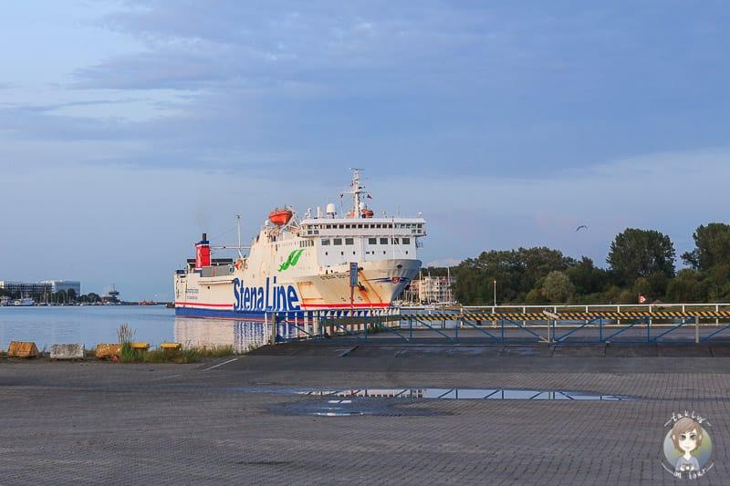 Ankunft mit der Baltikum Fähre in Deutschland