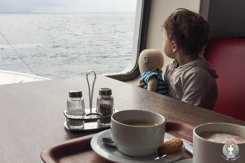 Mit Kind auf der Fähre ins Baltikum