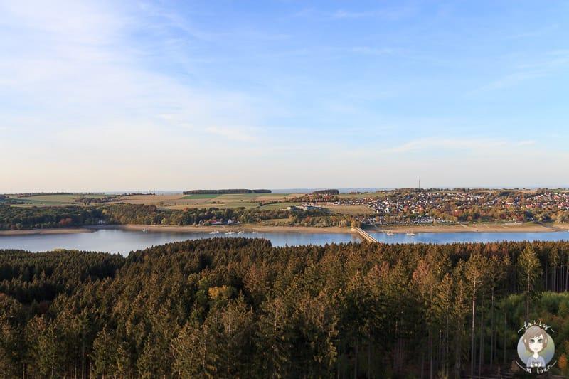 Blick-Aussichtsturm-Moehnesee