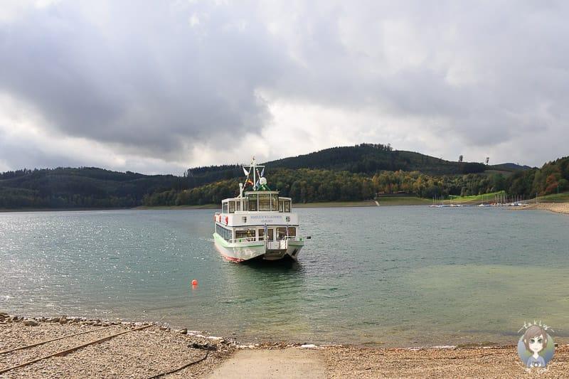 MS Hennesee Schifffahrt im Sauerland